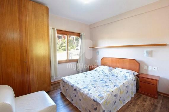 Familiar da Colina - 4 Dormitórios - 13 Pessoas