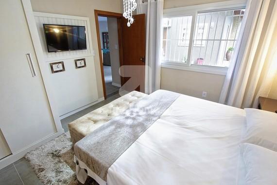 Luíza 1 - 2 Dormitórios - 6 Pessoas