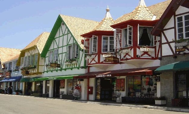 Tour Ilhota, Blumenau + Brusque